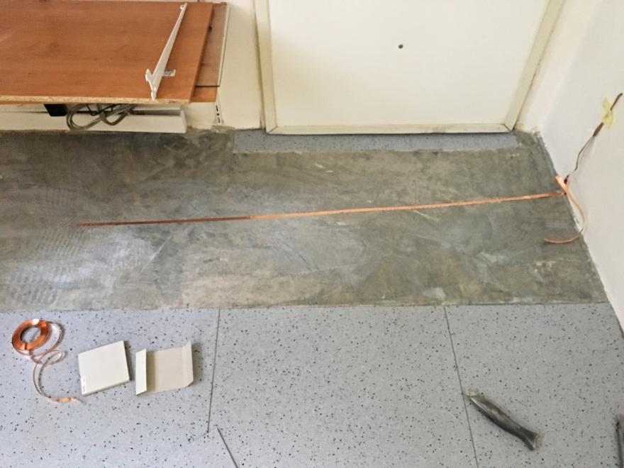 Průběh pokládky antistatického PVC na podlahu